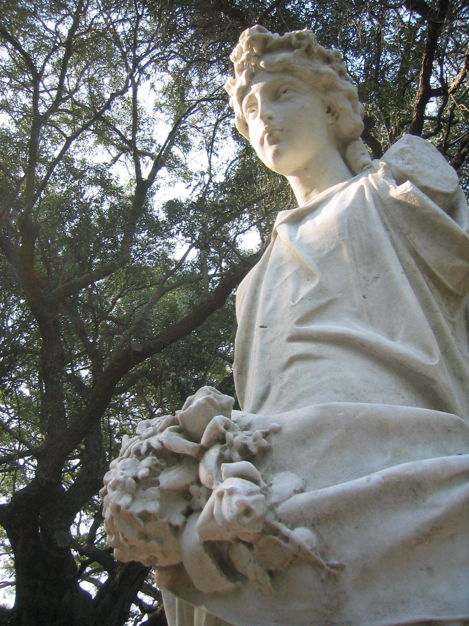 statuelight.jpg